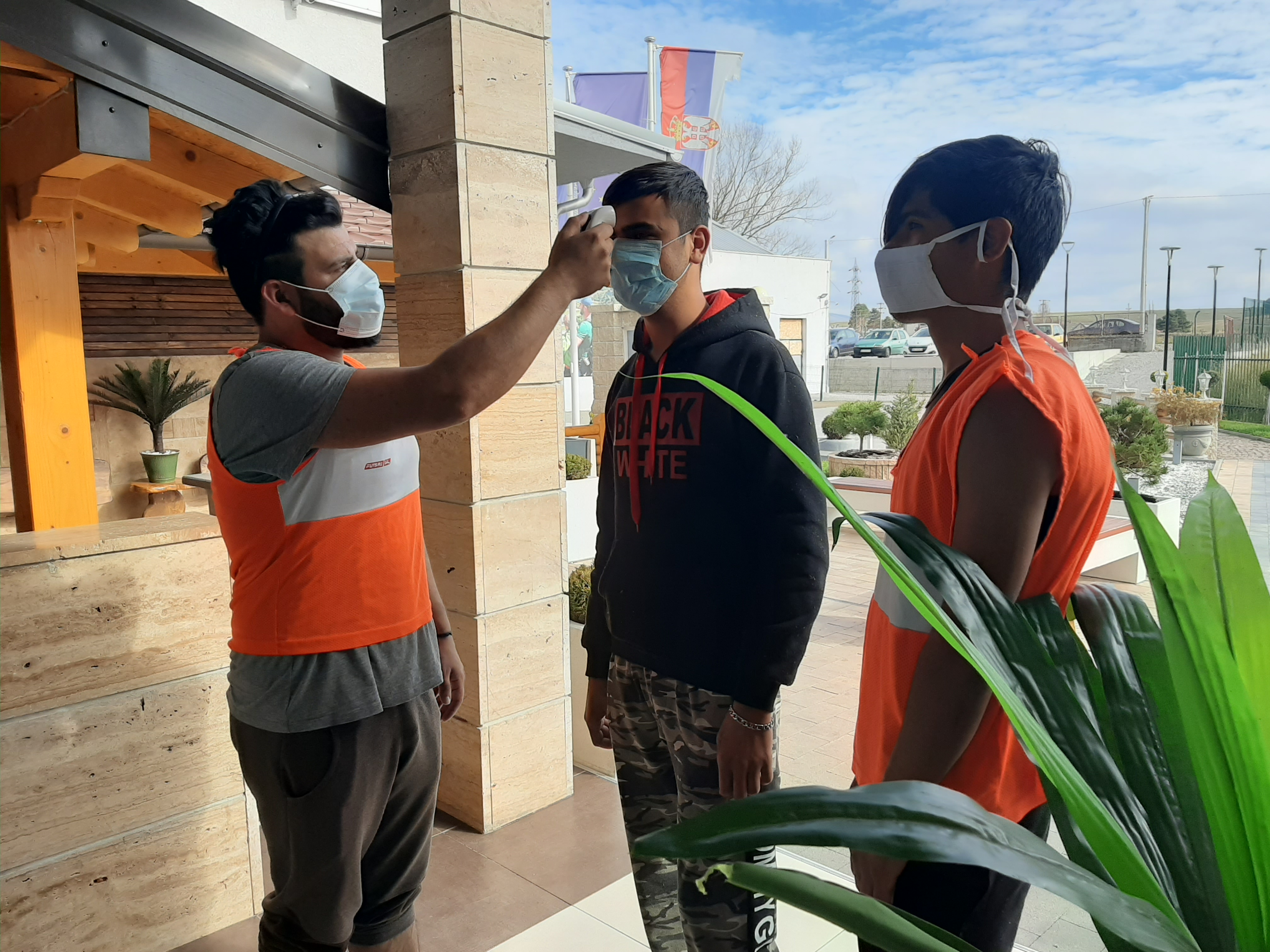 Мере превенције против коронавируса у прихватним и центрима за азил